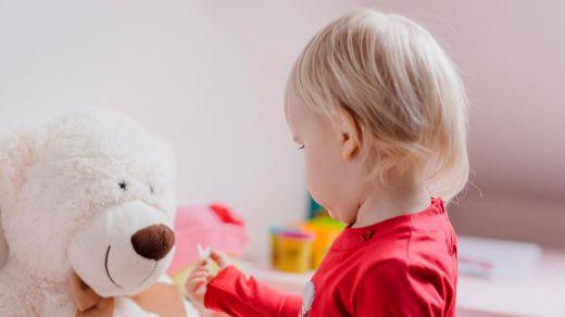 Cómo decorar una habitación infantil con vinilos adhesivos