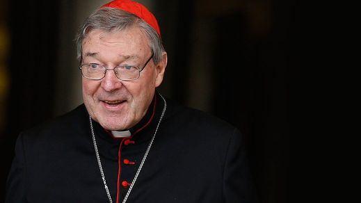 El número tres del Vaticano será juzgado por varios casos de pederastia