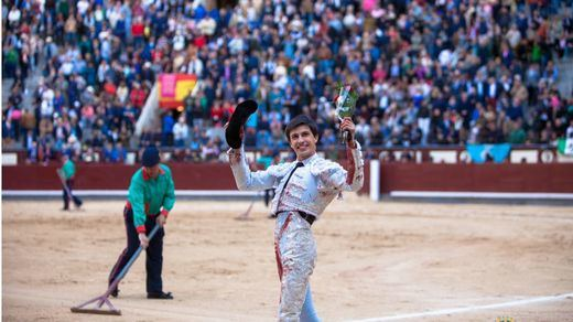 San Isidro: oreja facilonga para Espada en interesante corrida de Baltasar Ibán