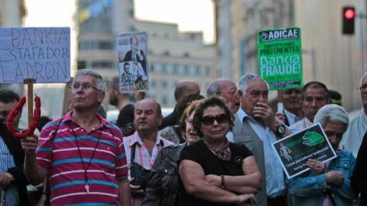 Archivado por sorpresa el caso de las preferentes de Caja Madrid: no se acredita que hubiera