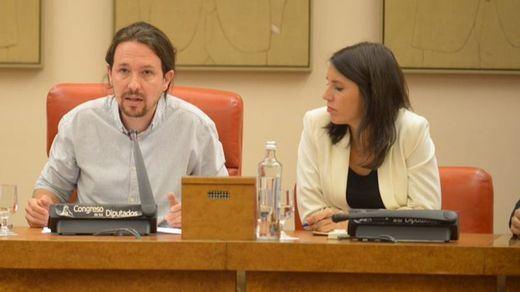 Iglesias y Montero ponen sus puestos a disposición de las bases por la polémica del chalet