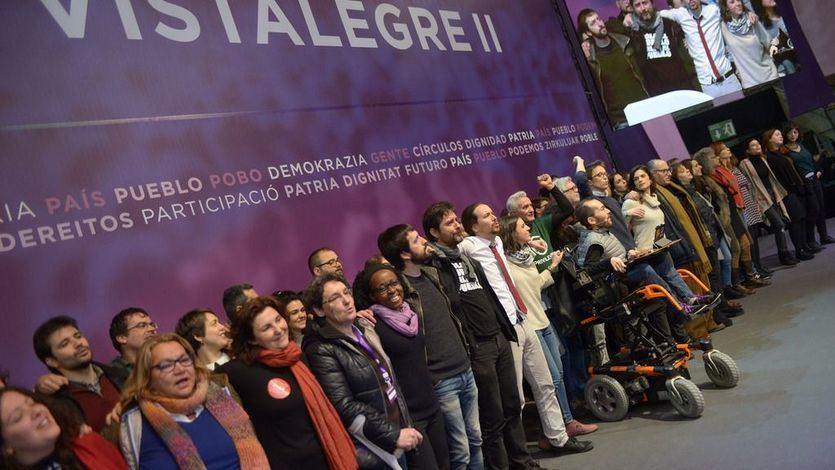 Podemos se divide en dos por la consulta para apoyar o despedir a Pablo Iglesias e Irene Montero