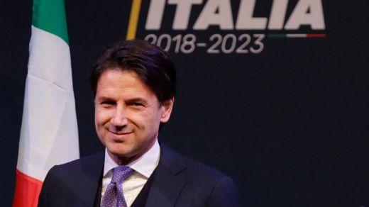 Conte ya es el nuevo primer ministro italiano tras el 'ok' del presidente Mattarella