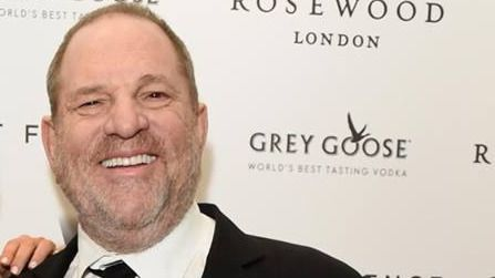 Harvey Weinstein, el 'depredador de Hollywood', se entrega a la policía
