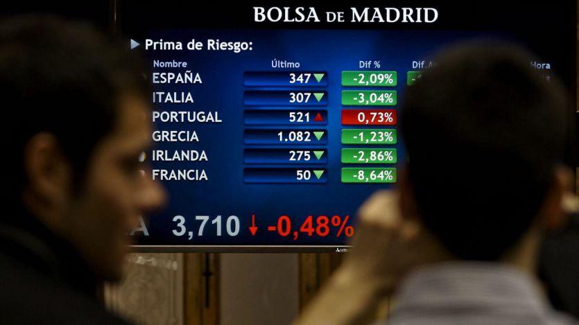 La incertidumbre política generada por la moción a Rajoy hunde la Bolsa y dispara la prima de riesgo
