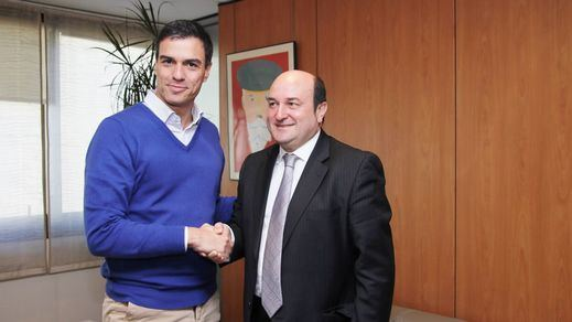 El PNV aceptará tumbar a Rajoy a cambio de que Sánchez aborde 'el modelo de Estado'