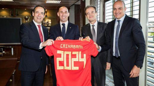 CaixaBank se convierte en socio financiero de la RFEF y patrocinará a la Selección