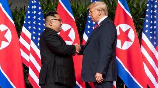 Trump y Kim Jong-un celebran un acuerdo histórico para lograr la paz y la desnuclearización en Corea