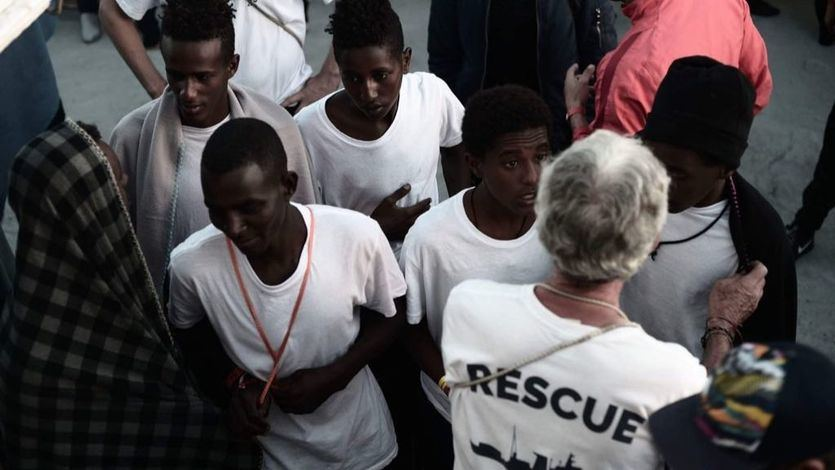 Los migrantes del barco 'Aquarius' tendrán estatus de refugiados en España
