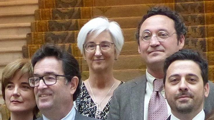María José Segarra, en el centro de la imagen