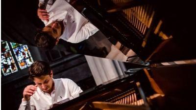 El pianista,y organizador del European Pianofest, Óscar Caravaca