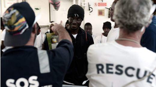 Los migrantes del 'Aquarius' podrían ser enviados a los CIE tras ser estudiado cada caso