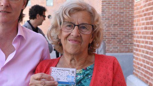 Carmena dará a los inmigrantes sin papeles una tarjeta de residentes