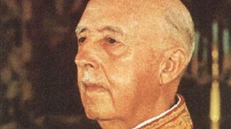 Un marrón para el Papa: la familia Franco pide al Vaticano que impida la exhumación del dictador