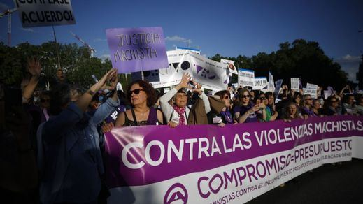Protestas masivas de una sociedad indignada con su liberación