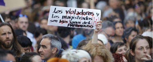 Protestas en todas las comunidades autónomas contra la libertad provisional de 'La Manada'