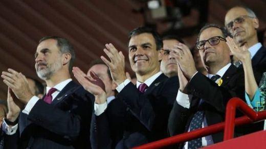 La imagen de Torra junto a Sánchez y el Rey en Tarragona enfría las tensiones por el conflicto catalán