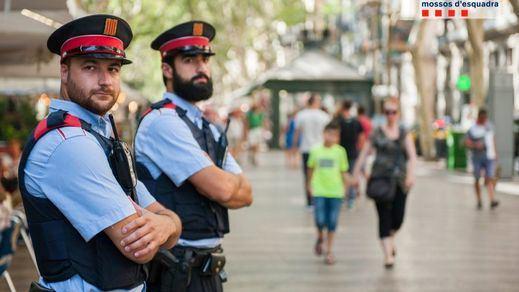La Generalitat destaca la ausencia de incidentes graves en la fiesta de San Juan pese a las 4 denuncias de agresión sexual