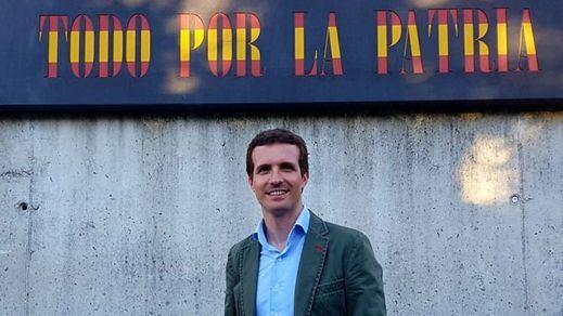 Casado descubre su verdadera intención: un PP que rescate la figura de Aznar, sin olvidar a Rajoy