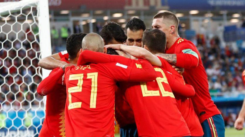 Desastre y carambola: España pasa primera de grupo y se enfrentará a Rusia en octavos