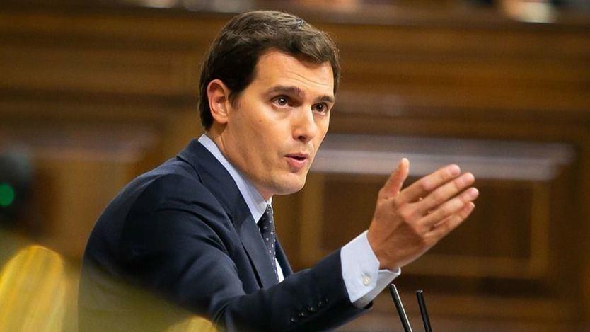 Rivera critica el 'buenismo' del Gobierno en su política migratoria y alerta de que disparará el populismo xenófobo