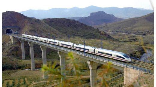 Renfe programa más de 9,6 millones de plazas en sus trenes Ave y Larga Distancia para este verano