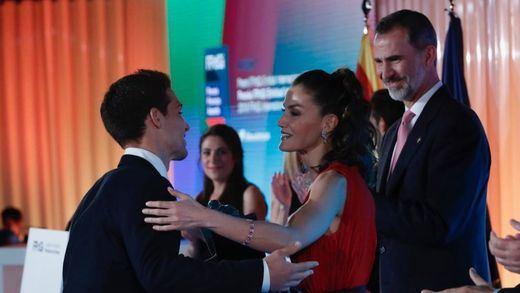 Los Reyes entregan los Premios Princesa de Girona pidiendo una Cataluña