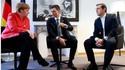 Sánchez acuerda con Merkel acoger a migrantes que llegaron a Alemania desde nuestro país