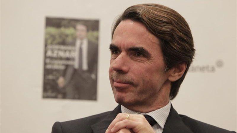 El 'espíritu' de Aznar irrumpe en las primarias del PP