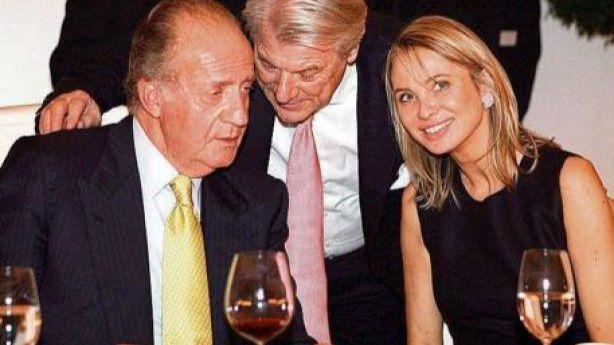 Corinna asegura que el rey Juan Carlos se embolsó parte de los 100 millones de 'mordida' del AVE a la Meca