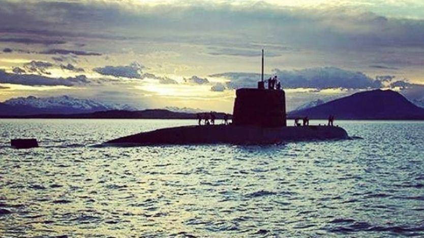 Costosa 'chapuza' para modernizar la Armada: 4 submarinos que doblan su presupuesto y no caben en el puerto