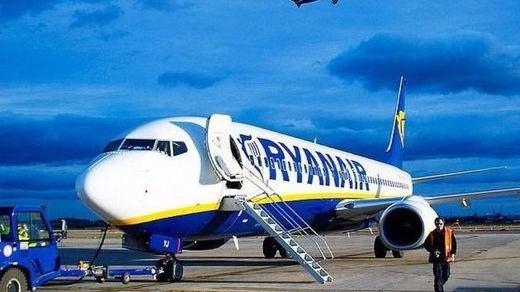El Gobierno impone servicios mínimos en la huelga de Ryanair