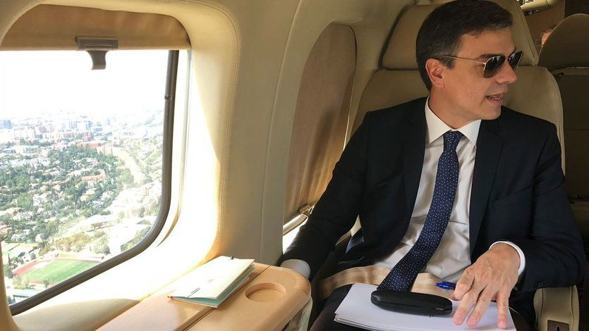 Oleada de críticas a Sánchez por viajar al FIB en avión oficial