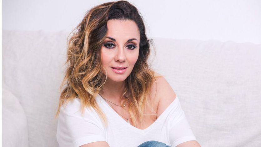 Nati Carrillo, la gran dama de la canción, nos regala 'Piel', su nuevo disco