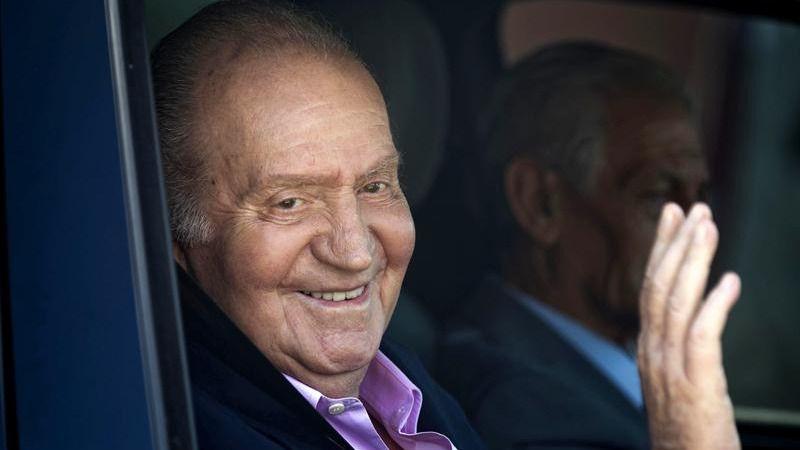 El Gobierno consulta si es posible sortear la inviolabilidad del rey Juan Carlos
