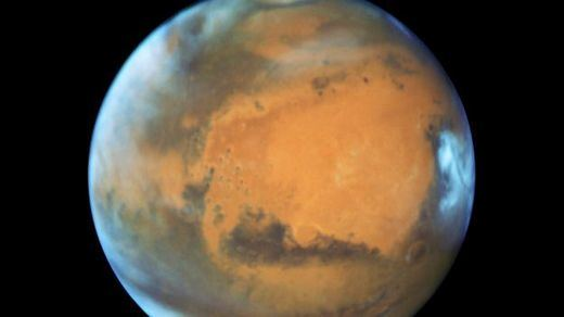 El fascinante hallazgo de agua líquida en Marte