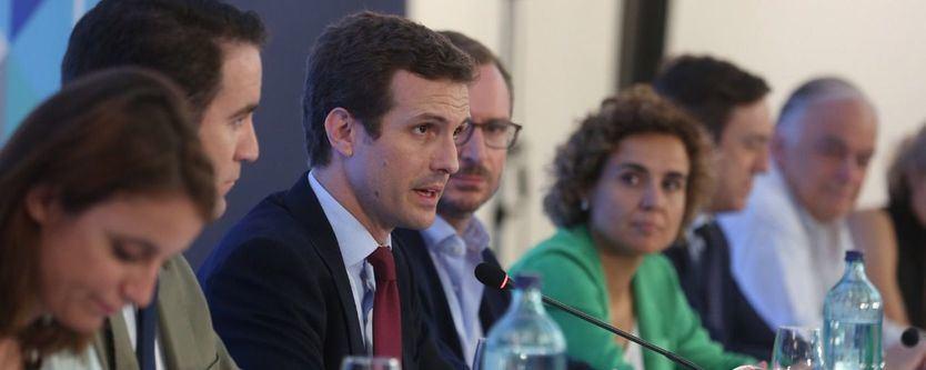 El equipo de Casado: García Egea, nuevo secretario general y Montserrat, portavoz en el Congreso