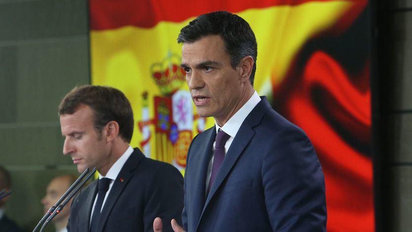 Sánchez y Macron cierran un acuerdo para la inmigración que pide apoyos para los países fronterizos