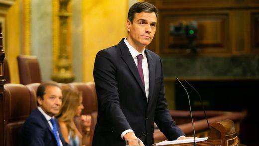 Sánchez, pese al fracaso con la senda de déficit, asegura que acabará la legislatura