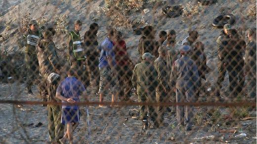 Amnistía denuncia irregularidades en las devoluciones en caliente que justificó Marlaska