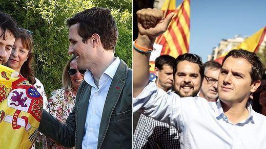Casado y Rivera, PP y Ciudadanos, compiten por hacerse con el discurso de la ultraderecha europea: no más inmigrantes
