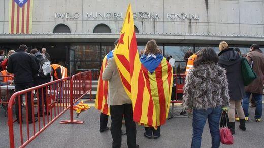 El Gobierno ofrece un referéndum a Cataluña... pero para aprobar un pacto autonomista con el Estado