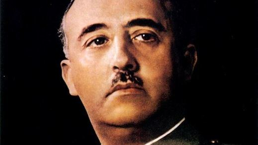 Sánchez ya tiene preparado el decreto ley para poder exhumar a Franco pero esperará a septiembre