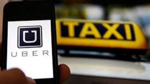 Las protestas llegan hasta Chile: los taxistas se niegan a la legalización de Uber y Cabify
