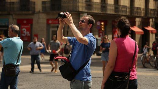 Madrid, Bilbao y San Sebastián pelearán contra Competencia para evitar el caos turístico en la vivienda