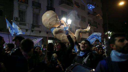 Argentina vuelve a negarse a legalizar el aborto en una jornada histórica en el Senado