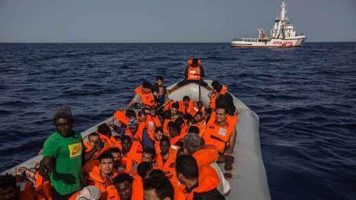 Llegan al puerto de Algeciras los 87 migrantes del 'Open Arms'