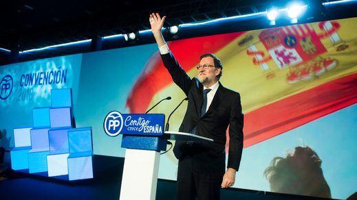 Rajoy pasa a cobrar la 'pensión' de ex presidente mientras sigue como registrador de la propiedad