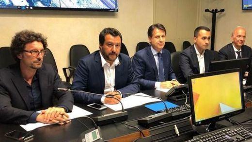 El Gobierno italiano planea retirar la concesión a la empresa responsable del viaducto de Génova