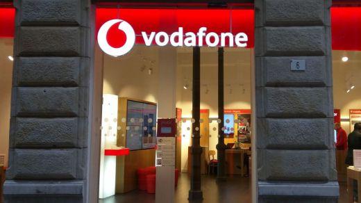 Vodafone denuncia a Movistar tras quedarse sin los derechos del fútbol